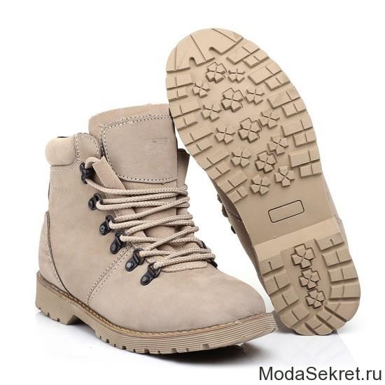 ботинки светлого цвета для ношения в зимнее время
