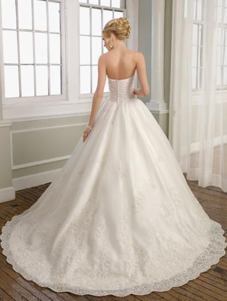 Идеальное платье: А-силуэт, ампир, «шар»