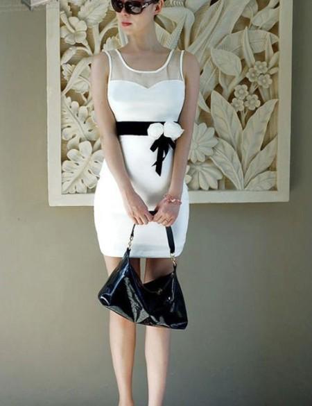 Украшения под белое платье