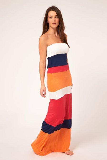 Пляжное платье с полосой ткани