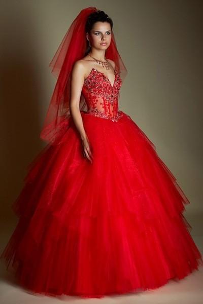 Свадебное платье: какой цвет выбрать?