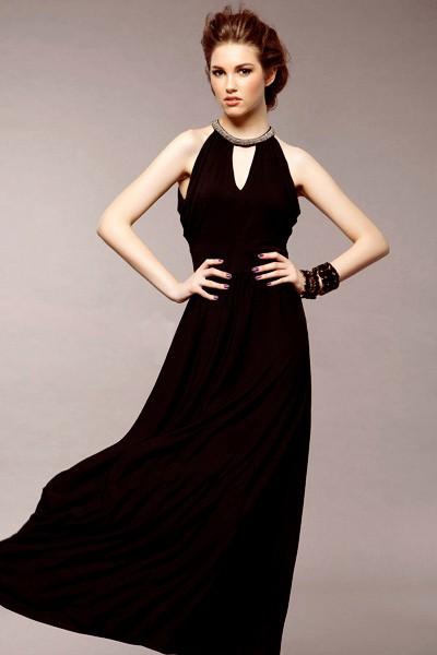 Черное платье в стиле ампир