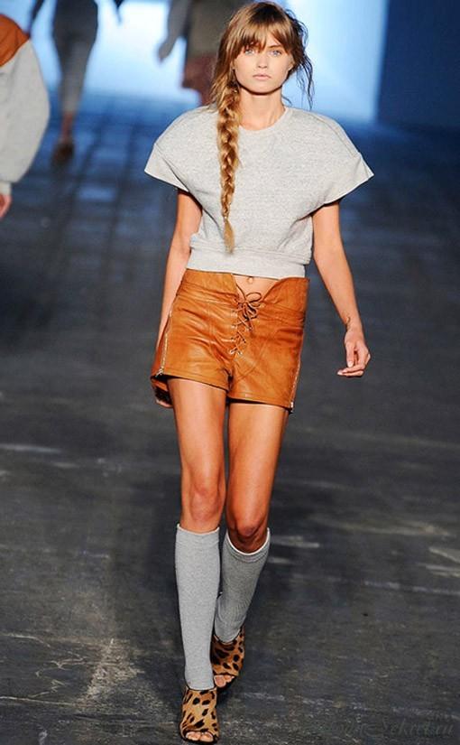 классический стиль одежды для девушек 2012.