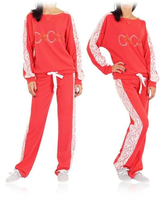 Красивые зимние спортивные костюмы женские