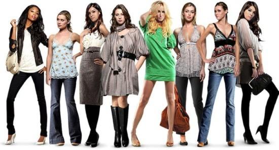 Красивые женские костюмы