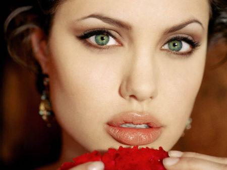 губы максимально естественными