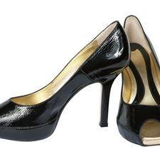 Уход за лакированной и лаковой обувью