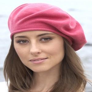 Зимние женские головные уборы