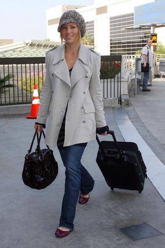 Модная одежда для путешествий и отдыха