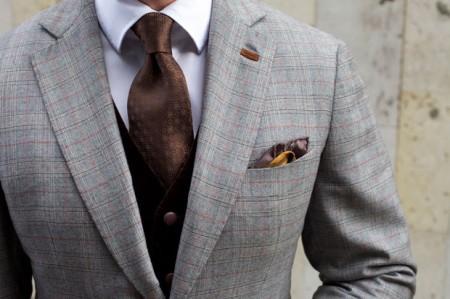 Как правильно выбирать одежду на свадьбу мужчинам?