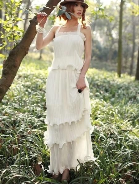 Длинное белое платье