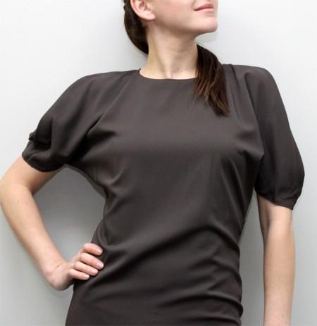 Платья с цельнокроеным рукавом