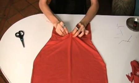 Платье из жёсткой ткани