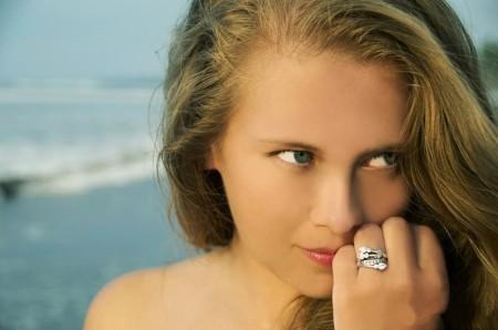 Безымянный палец кольца