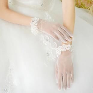 Аксессуары под свадебное короткое кружевное платье