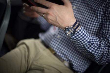 Часы на левой руке