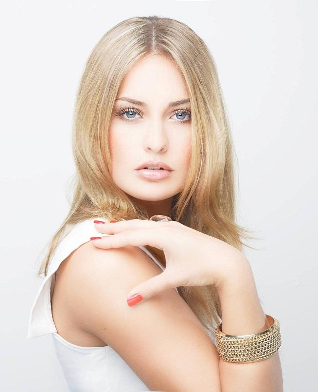 Анна-Юлия Хаген